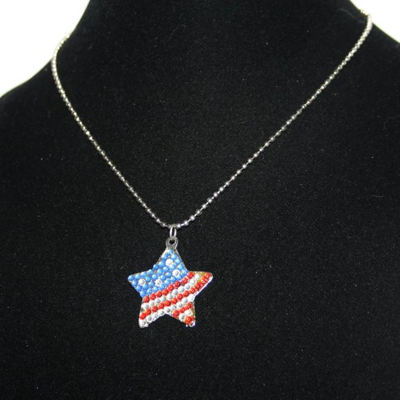 """Silver and American flag star necklace 17"""""""